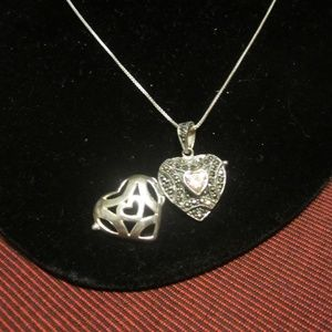 Vintage Women's Sterling  Heart Locket Necklace